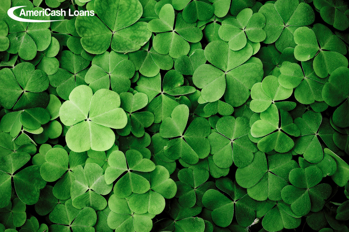 Budget Holiday: DIY St. Patrick's Day Décor