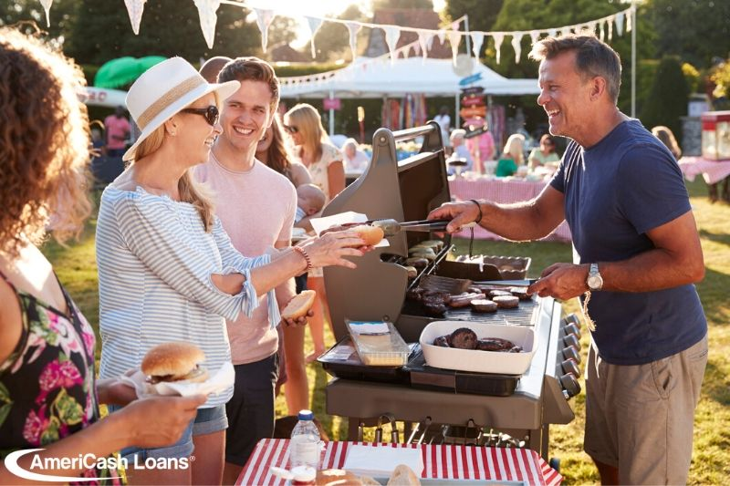 Budget Holiday: Your Guide to a Memorable Memorial Day Get-Together